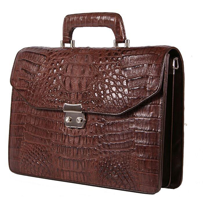 Портфель из крокодила.